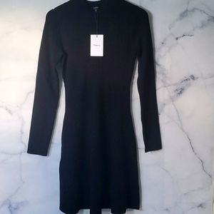 NWT Theory Moving Rib Dress in Merino Wool